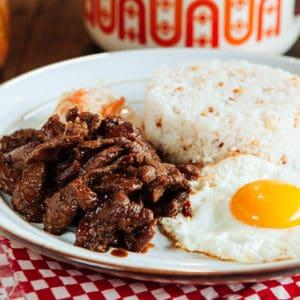makanan khas filipina tapa